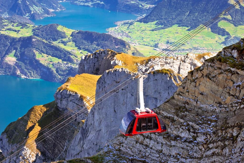 DMC Switzerland - Skiing